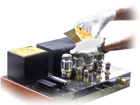 Mounting the hand of a tube amplifier in Jadis Electronics in Villedubert